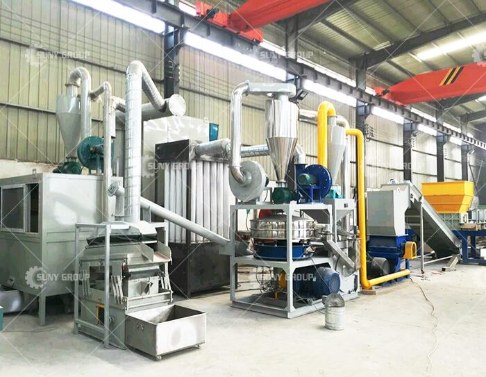 Waste circuit board recycling equipment